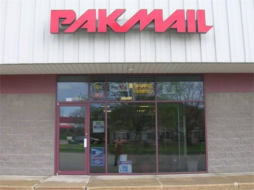 pakmail store front